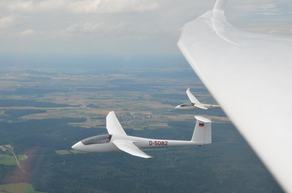 Formationsflug 3 Segelflugzeuge